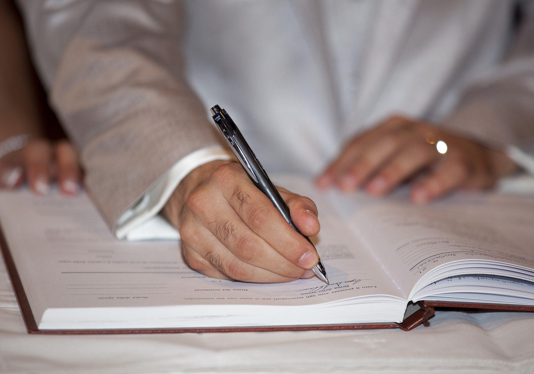 La loi PACTE (Plan d'Action pour la Croissance et la Transformation des Entreprises) a définitivement été adoptée par le parlement le 11 Avril 2019.